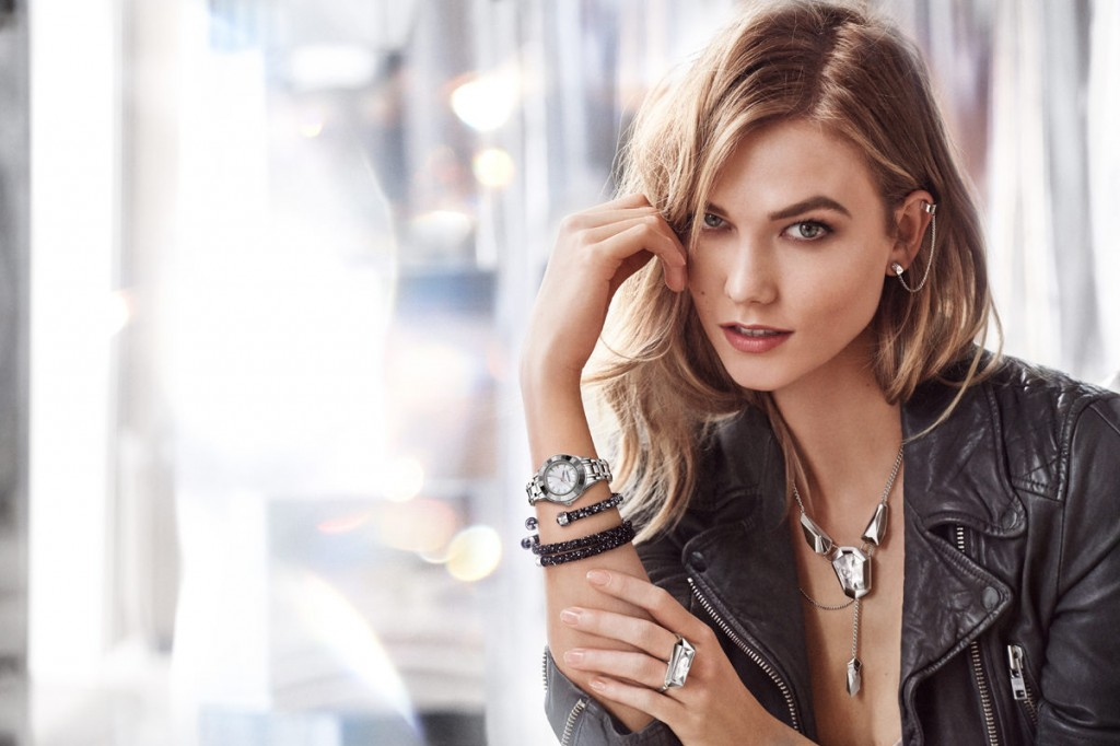 Beautiful Famous Fashion Model Karlie Kloss Modeling For The Swarovski Advertising Campaign (Beautiful Swarovski Ads And Swarovski Jewelry Advertisements) Modeling As One Of The Highest Paid Models In The World. The World's Highest Paid Models. The Top Earning Models In The World.