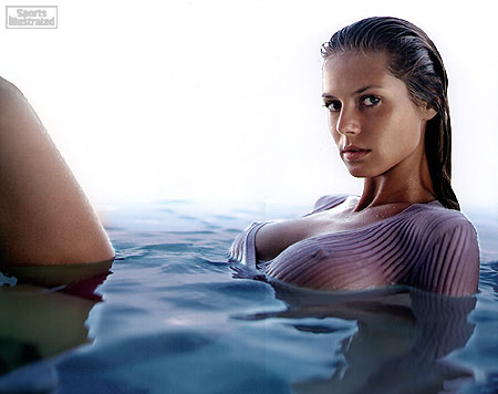 Beautiful Victoria's Secret Model Heidi Klum Modeling For Sports Illustrated Wearing A Beautiful Swimsuit Top By Chanel In The Water Photographed By Robert Erdmann