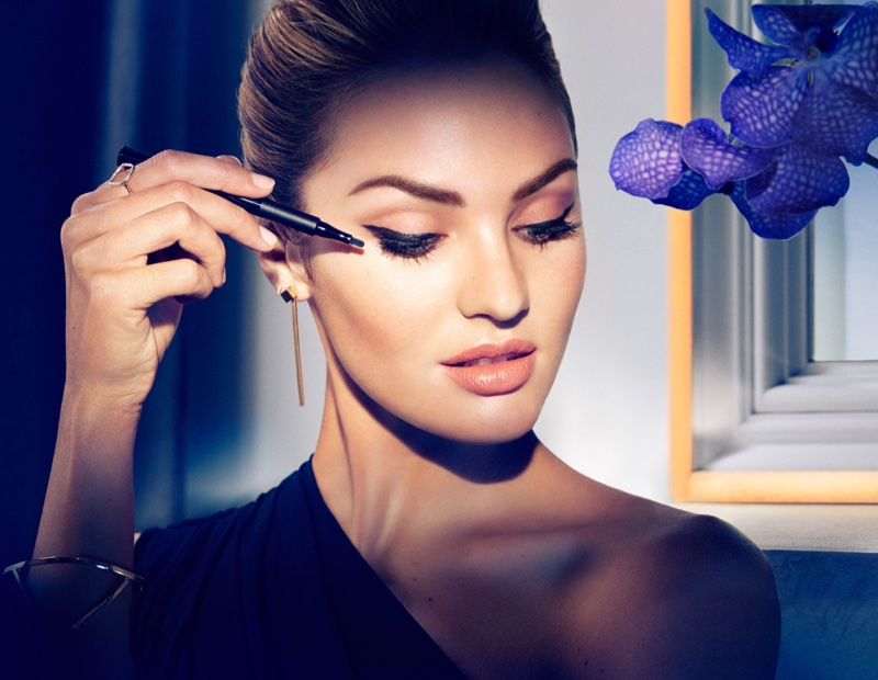 Beautiful South African Fashion Model Candice Swanepoel Modeling For Max Factor Makeup Ads (Beautiful Max Factor Ads) Modeling As One Of The Highest Paid Models In The World.