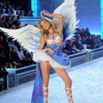 Victoria's Secret Fashion Runway Show 2011 - Victoria's Secret Fashion Show Makeup And Beauty Tips And How Doutzen Kroes Gets A Victoria's Secret Runway Body