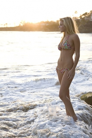 Beautiful Blonde ZARZAR MODELS Jessica Harbour Bikini Modeling In Laguna Beach Orange County Southern California In Beautiful Victoria's Secret Swimsuit Bikinis For How To Get Perfect Flawless Legs For Summer
