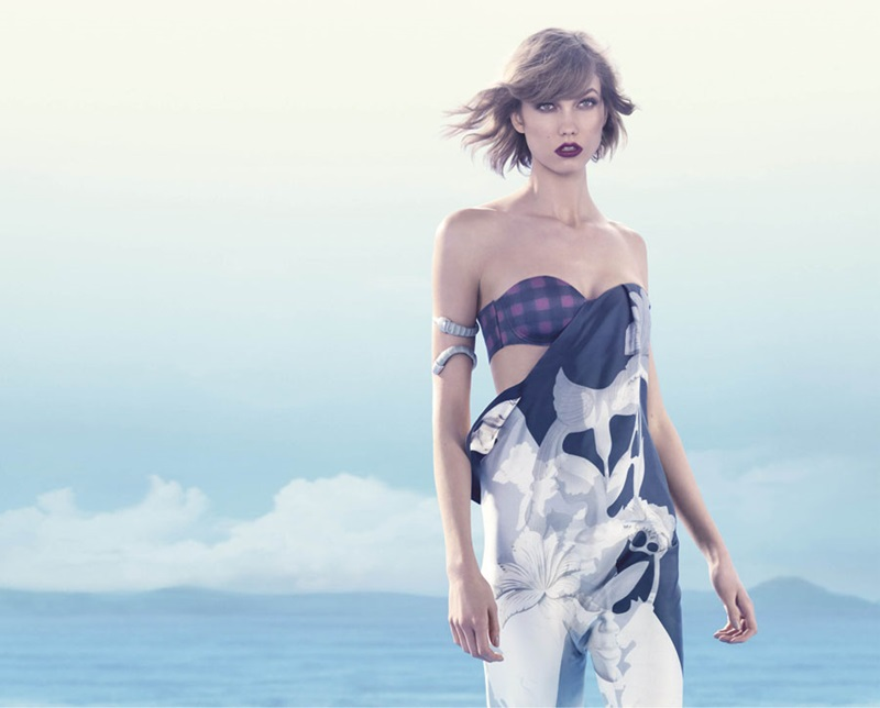 Beautiful Dark Blonde American Model Karlie Kloss Modeling For Animale Brazil (Animale Brasil) Fashion Advertisements And Animale Fashion Ads Modeling As One Of The Highest Paid Models In The World.