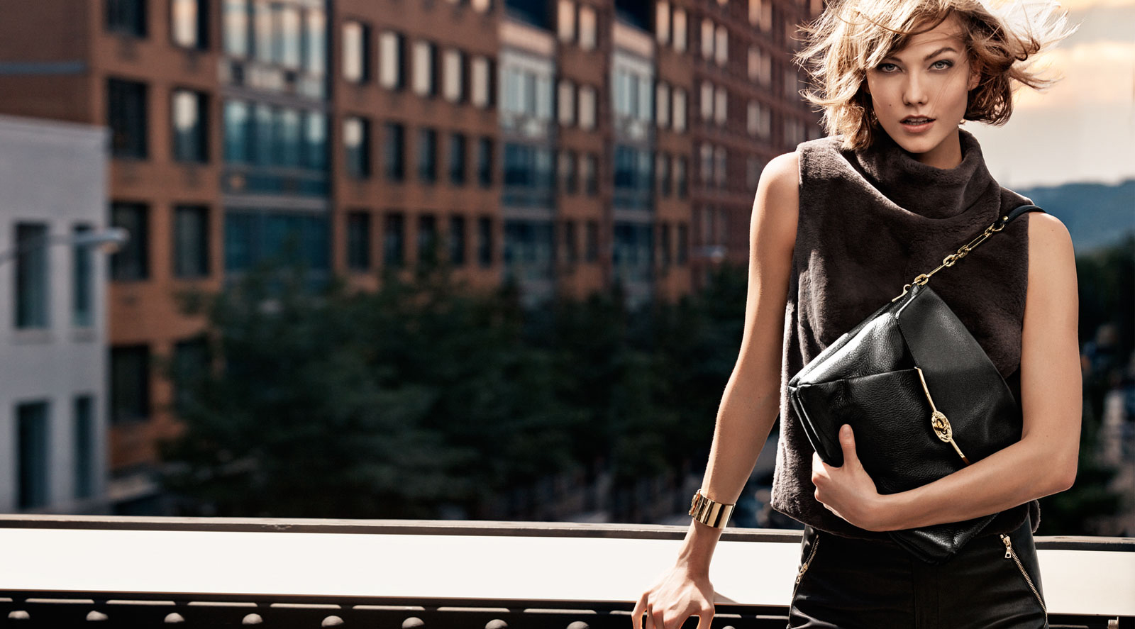 Beautiful Model Karlie Kloss Modeling For Coach Handbags Fashion Advertisements And Coach Fashion Ads Modeling As One Of The Highest Paid Models In The World. The World's Highest Paid Models.