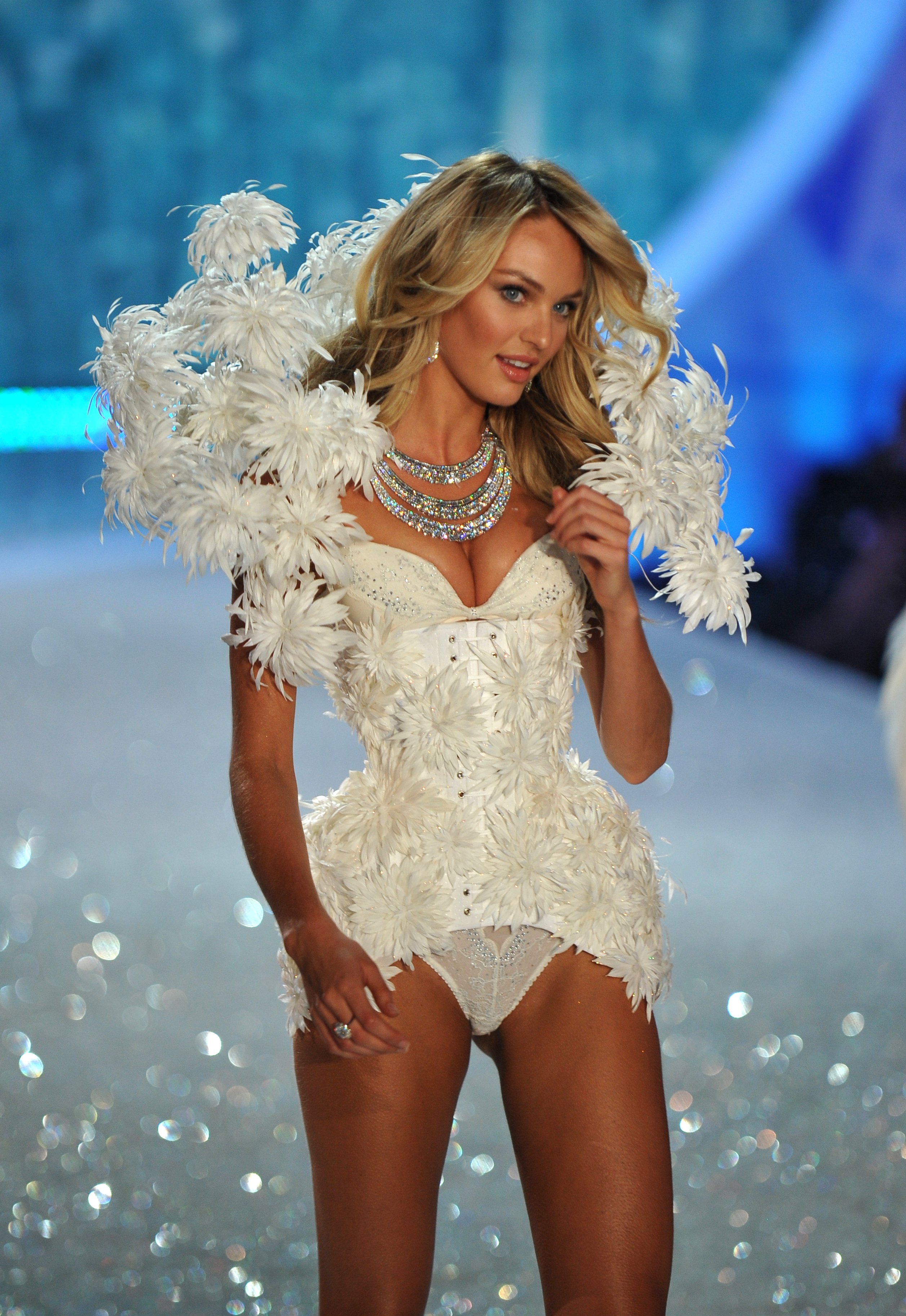 Famous South African Supermodel Candice Swanepoel Modeling For The Victoria's Secret Fashion Show In New York City Modeling As One Of The Highest Paid Fashion Models In The World.